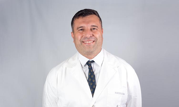 Martín Managó, Jefe de Kinesiología de Grupo Oroño, referente internacional en recuperación respiratoria de pacientes con coronavirus